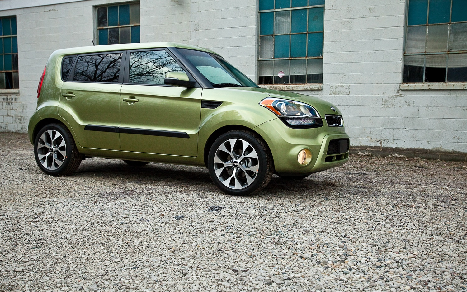 2012 Kia Soul Front Right Side View1